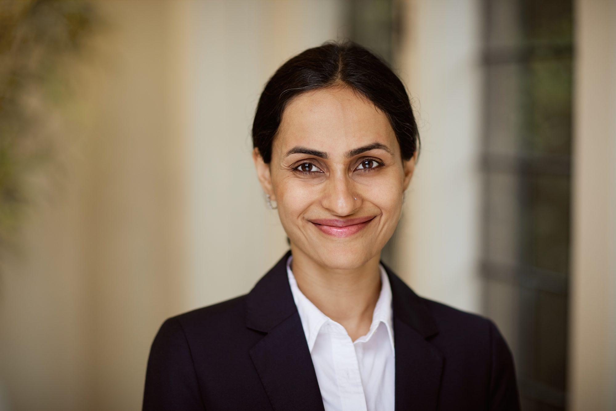 Dr Radhika Khosla